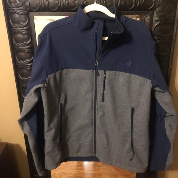Northface windbreaker full zip jacket